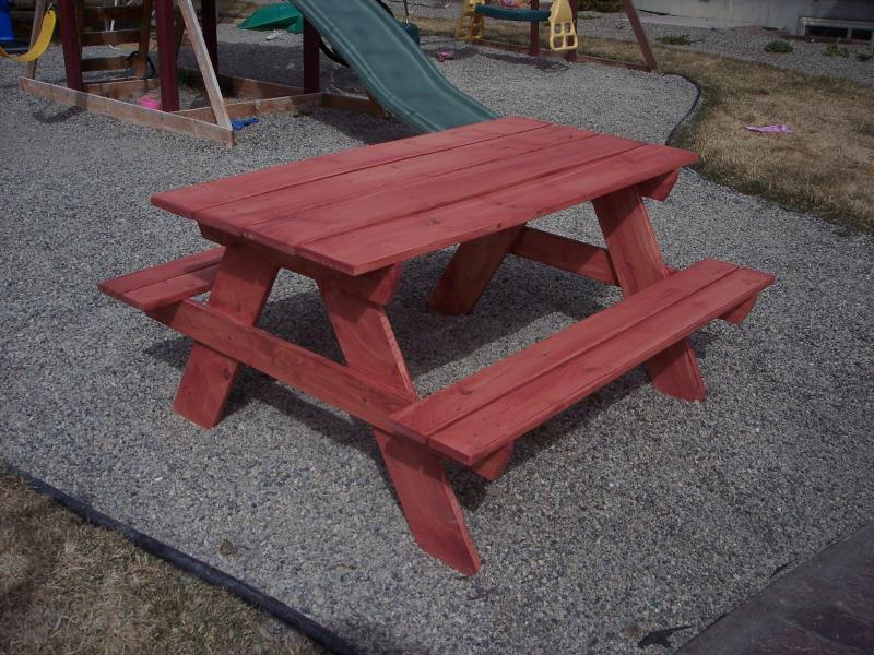 ChildrensFurniture - Picnic table paint colors